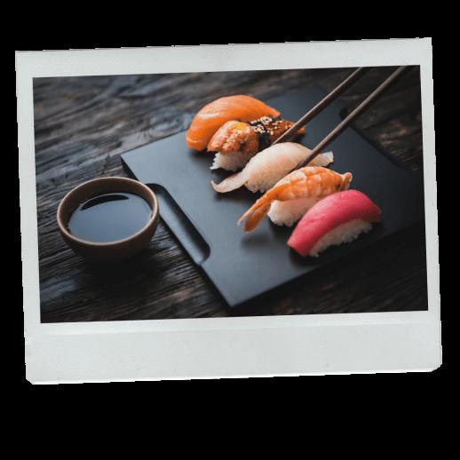 Sushi z sosem sojowym